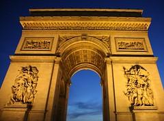 Arc de Triomphe - La Nuit (Bill in DC) Tags: paris france night 2006 arcdetriomphe eos5d bluelist