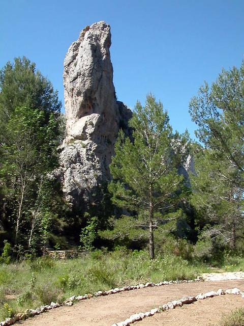 Rocks   Owl fron below
