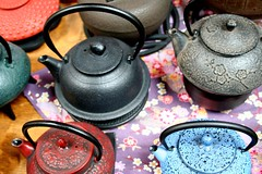 Metal Teapots (melanie.phung) Tags: colors tea teapot interestingness251 i500 melaniephung explore27jul06