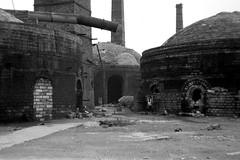 Pottery, Warmley. (Fray Bentos) Tags: bristol kilns pottery southgloucestershire warmley