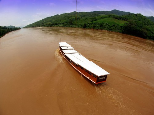 KAP Mekong -Luang Say por Pierre Lesage.