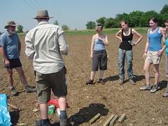 DSC03515 (wickenpedia) Tags: chris archaeology andy rachel julia naomi wicken wwwwickenarchaeologyorguk