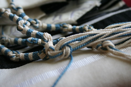 Tzitzit, used by Creative Commons permission.  Photo by 'AngerBoy'