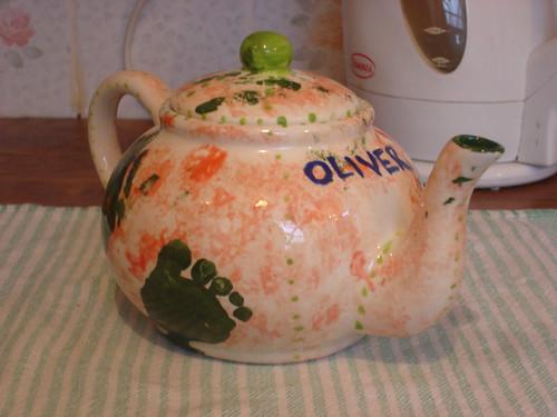 Oliver's Tea-pot
