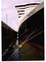 QueenMary2 (coursedirector2005) Tags: cruiseships oceanliner