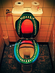 The Most Dangerous Bathroom in the World (Nicolas Zonvi) Tags: cinema colors fun bathroom schweiz switzerland scary dangerous kino bath suiza cine humour bao gracioso peligroso wetzikon sonydscw50 themostdangerousbathroomintheworld nicolaszonvi