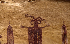 Skeleton Shaman Closeup (bclee) Tags: utah san 1200 rafael swell 1920 rockart pictograph barriercanyonstyle nikoncoolscanived