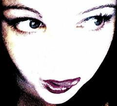 miam! (iya from coworx) Tags: video autoportrait redlips iya
