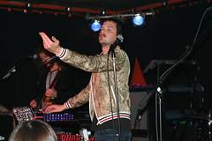 KILLERS Brandon Flowers (ulibrsrkr) Tags: flowers club yard live brandon cologne kln killers einslive radiokonzert samstown