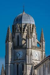 Cathédrale Saint-Pierre (JiPiR) Tags: france fr saintes poitoucharentes