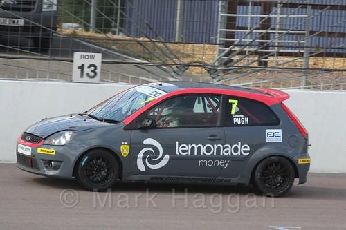 Cameron Pugh in Race 1 at the BRSCC Fiesta Junior Championship, Rockingham, Sept 2015