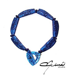 Azul Mariposa - Butterfly Blue (Mara Eva Ramos - Nin Studio) Tags: handmade magenta copper cobre arcillapolimerica butterflyblue azulmariposa venezuelandesign designersvenezuela nicaconninstudio amazingaccesories