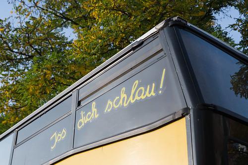 """""""Iss dich schlau"""" Kimba-Mobil auf dem Schulhof bei der Health Week – Tag der gesunden Ernährung Foto: Ole Bader"""