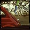 #oldcarsandgraffiti #Roma #makebeautiful. #morninautos #soloparking #carporn #cargram - (diegodeconca) Tags: hipstamatic canocafenolfilm oggl muirlens