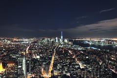 Downtown (reflexer) Tags: city nyc newyorkcity urban usa ny newyork night america view nightshot unitedstates manhattan clear stadt hudsonriver empirestatebuilding aussicht amerika eyecandy ausblick nachtaufnahme vantagepoint