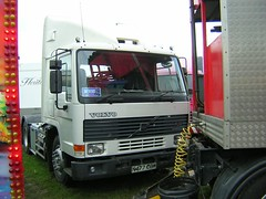 N477 CBW (quicksilver coaches) Tags: volvo miltonkeynes fairground fl funfair hurrell campbellpark showmans fl10 n477cbw