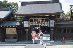 Japanese clothes / LEICA M9P × SUMMILUX-M 50mm F1.4 ASPH. (mokuu) Tags: shrine 神社 歩く 和服 japaneseclothes