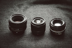 Panasonic Lumix G 25mm f/1.7, Nikon Nikkor 50mm f/1.8G AF-S, Nikon Nikkor 50mm f/1.8 AI-S Size Comparison (renatovalenzuelajr) Tags: lumix nikon gear olympus panasonic nikkor olympuspen cameraporn m43 mft niftyfifty 50mm18ais micro43 microfourthirds 50mm18g 25mm17 epl3 akiasahileatherskins