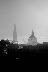 Foggy skyline (Gianpaolo Angioni Photography) Tags: skyline london londra saint paul saintpaul shard uk buindings architecture city sky fog foggy landscape urban bn biancoenero blackwhite blackandwhite bianco e nero bw