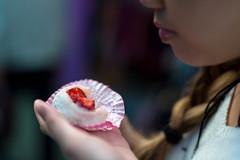 DSC_3488.JPG (zacharymui) Tags: hongkong hongkongisland hk jamie food winter mochi strawberry tinhau hkbpe light