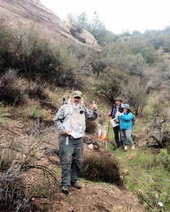 024 There They Are (saschmitz_earthlink_net) Tags: 2017 california orienteering vasquezrocks aguadulce losangelescounty laoc losangelesorienteeringclub