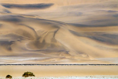 changing colours (me*voilà) Tags: namibia desert dunes heat railway minimal abstract