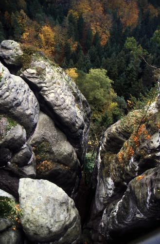 "Elbsandsteingebirge (052) Wehlgrunde • <a style=""font-size:0.8em;"" href=""http://www.flickr.com/photos/69570948@N04/21761185085/"" target=""_blank"">View on Flickr</a>"