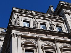 Statues on the exterior of the Foreign Office, London (heffelumpen9) Tags: sculpture london statue foreignandcommonwealthoffice foreignoffice rivergod