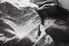(_) Tags: blackandwhite analog 35mm inbed sleepyhead rem ilfordhp4 35mmphotography deepsleep filmphotography pentaxprograma