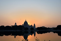Dusk at Victoria... (draskd) Tags: victoriamemorial kolkata calcutta britishempire dusk d5500 nikon sihouette sunset draskd westbengal banga india