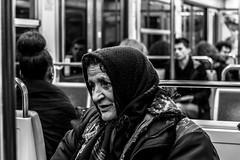 IMG_8014 (::Lens a Lot::) Tags: paris | 2016 canon ef 40 mm f 28 stm 2015 7 blades iris metro gate station subway underground black white street photography noir et blanc monochrome personnes intérieur candid 2017