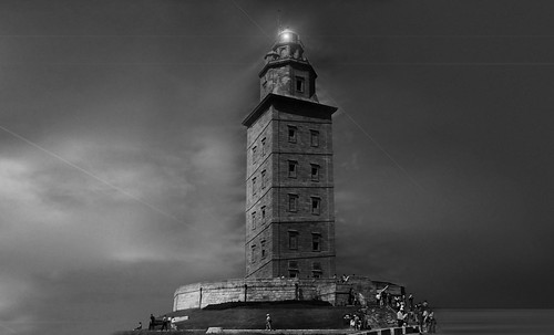 "Torres legendarias / Faros, minaretes, campanarios, rascacielos • <a style=""font-size:0.8em;"" href=""http://www.flickr.com/photos/30735181@N00/32534299385/"" target=""_blank"">View on Flickr</a>"