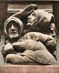 Detail an der Bank der Tschechoslowakischen Legionen in Prag (Berliner1963) Tags: 20thcentury 20jahrhundert sculpture skulptur architecture architektur josefgočár praha prague prag tschechien