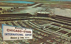 Chicago O'Hare International Airport - Chicago, Illinois (The Cardboard America Archives) Tags: chicago vintage illinois airport postcard ohare floatingsign