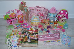 Flea Market Finds Sept 27th, 2015 (Chani-Chan) Tags: hello friends house ice mushroom yard vintage bag toys book bedroom little market sale cream barbie kitty diner supermarket collection melody pony thrift 80s polly shake pocket flea stationery firefly finds clubhouse 90s glo cinnamoroll horsefly mlp hamtaro koos diddl bijous ponyville bibbles sandylion brenwald kooshie
