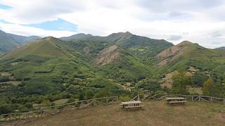 958 - Un mirador en el valle