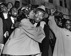 #Martin Luther King Jr. is welcomed with a kiss by his wife Coretta after leaving court in Montgomery, Ala., King was found guilty of conspiracy to boycott city buses in a campaign to desegregate the bus system (Gene Herrick / The AP), March 22, 1956 [120 (Histolines) Tags: histolines history timeline retro vinatage martin luther king jr is welcomed with kiss by his wife coretta after leaving court montgomery ala was found guilty conspiracy boycott city buses campaign desegregate bus system gene herrick the ap march 22 1956 1200x947 vintage dh historyporn httpifttt2gd59wp