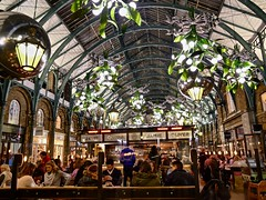 Jamie Oliver's Christmas at Covent Garden (Englepip) Tags: jamieoliver cafe coventgarden christmas lights warmth cheer sculpture architecture crowds people victorian london indoor