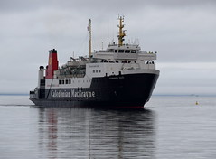MV Hebridean Isles Approaching Brodick Pier (Russardo) Tags: cal mac calmac caledonian macbrayne ferry mv clyde scotland