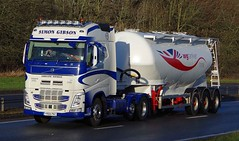 VOLVO FH - SIMON GIBSON  Goole East Yorks. (scotrailm 63A) Tags: lorries trucks tankers