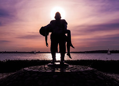 halo (claudia.kiel) Tags: deutschland germany kielerförde kielfjord ostsee balticsea heikendorf möltenort adolfbrütt skulptur sculpture bronze
