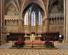 Altare della Basilica Superiore di Assisi (Angelo Zinzi) Tags: nikon1j2 assisi photomerge hugin rectilinear