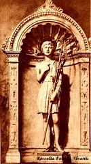 1550 ca Statua di S. Giovannino, attribuita a Michelangelo, presso S. Giovanni de' Fiorentini Foto Alinari anni '60 (Roma ieri, Roma oggi di Alvaro de Alvariis) Tags: italy rome roma del cardinal michelangelo sanpietro raffaello 1550 raffaele 1508 1510 personaggi forse 1536 1540 giudiziouniversale riario 1512 1545 1570 1538 1558 1565 romascomparsa attribuita messadibolsena raccoltafotodealvariis vedutadelrioneborgodoveralostudiodimichelangelo statuadisgiovanninoattribuitaamichelangelopressosgiovannidefiorentini fotoalinarianni60 michelangelolacrocifissionedispietronellacappellapaolina benvenutocelliniritrattodalvasari personaggimichelangeloinunaminiaturadelcodiceescurialense difdehollandia scaterinadellecavallette piazzaspietroborgonuovo digadosio ludovicoariostoritrattodaltiziano cappellasistinaparticolaredellasibillacumana villadellafarnesinasaladellagalateatesta peruzzi1512il michelangelomodelloinlegnodellacupoladisanpietro fotodanonimoani60 michelangelodisegnoperunacrocifissione michelangelocartonepreparatorio michelangeloparticolaredisantiesantedelgiudiziouniversale michelangeloparticolaredelgiudiziouniversalenellacappellasistina bustodimichelangelocopiadadanieledavolterranelpalazzodeiconservatori