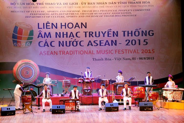 lan-dau-tien-viet-nam-to-chuc-lien-hoan-am-nhac-truyen-thong-cac-nuoc-asean