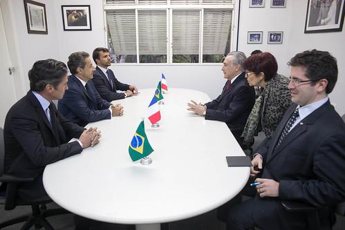 27-08-2015 Vice-presidente Michel Temer em reunião com o ex-presidente da França Nicolas Sarkozy, em São Paulo.