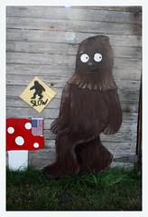 Li'l Bigfoot (R. Drozda) Tags: mushroom sign washington folkart slow anacortes bigfoot sasquatch bigfootcrossing drozda sasquahtch