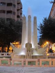IMG_1627 (superpagliaccio) Tags: fontana salento puglia brindisi piazzacairoli