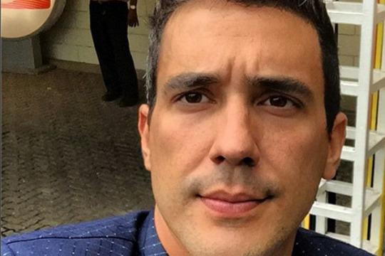 André Marques fratura costela e pode não participar do próximo 'É de Casa'