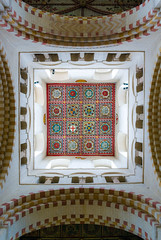 St Albans Cathedral (MarkE_T) Tags: buildingsandstructures churchcathedral stalbans pentaxk10d cathedral roof coatofarms smcpentaxda1645mmf4edal decorative lookingup