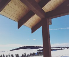 Front porch views 💙 (vsmith8) Tags: frontentry frontporch bluesky knutsfordbc ranchland tandg timber